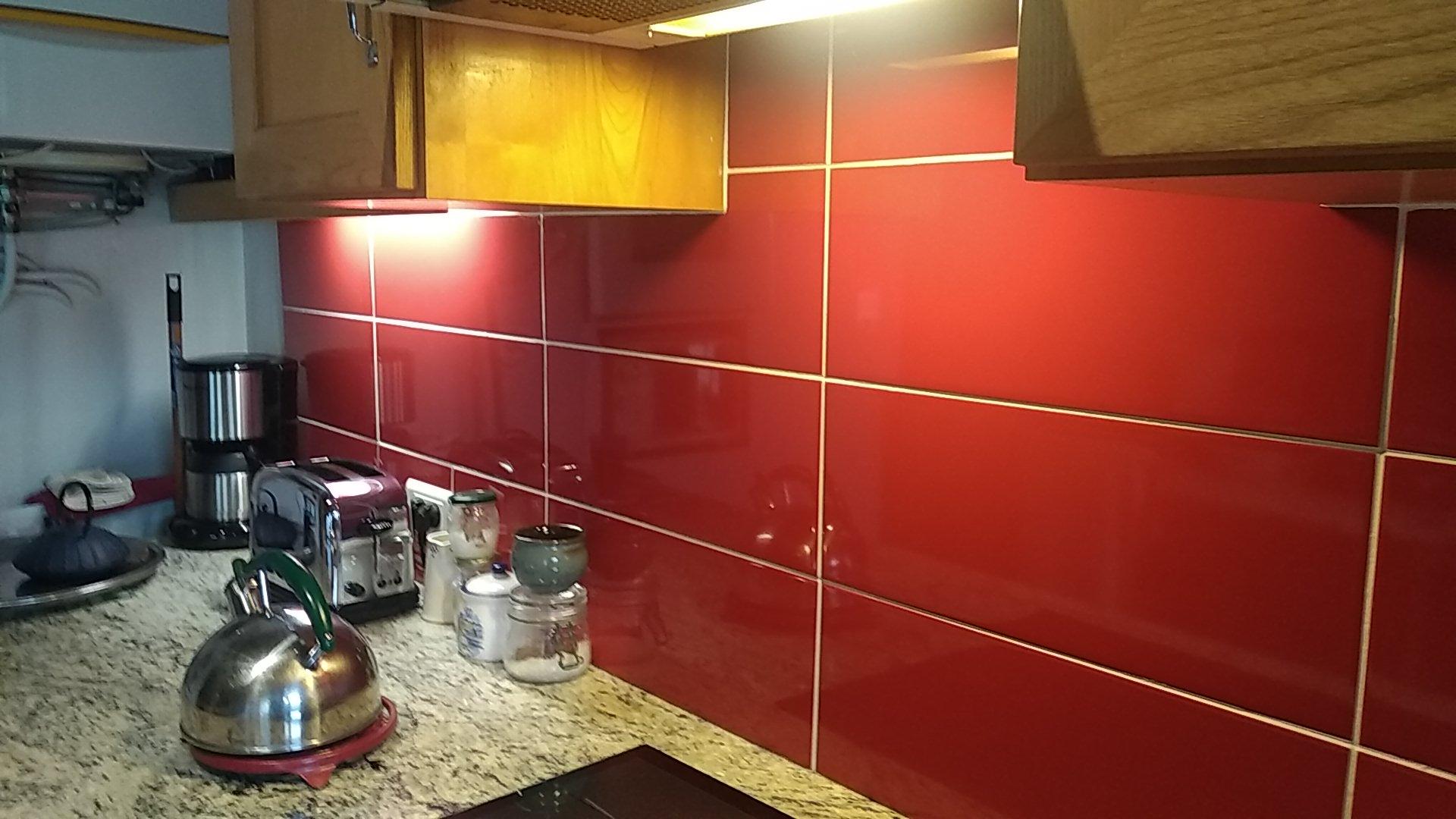 Rénovation de la crédence d'une cuisine en faïence